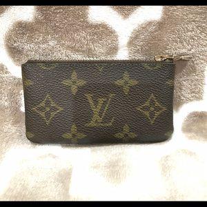 Louis Vuitton key clay